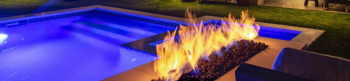 iAqualink - Pool and fireplace at night